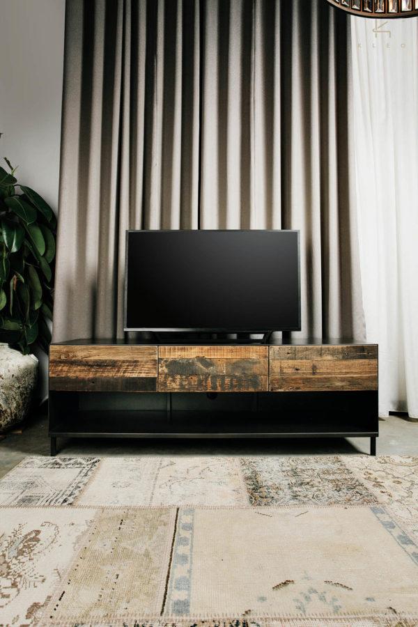 TV Kastje van reclaimed hout